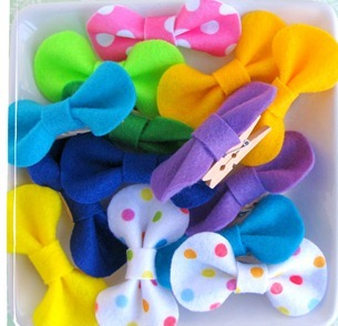 simple-packaging-ideas-felt-bows-EverythingEtsy.com_thumb